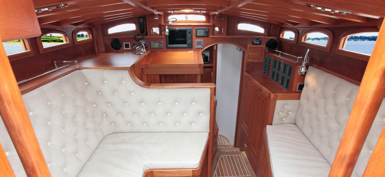 Spirit Dh57 Luxury Sailboats Deskhouse Fleet Spirit
