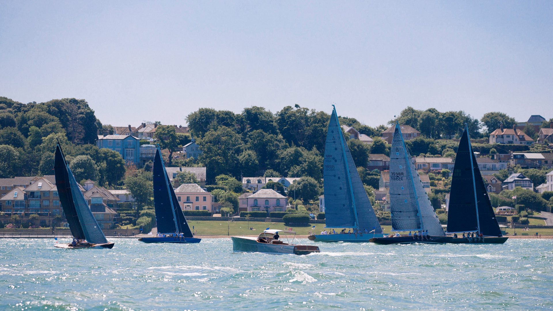 6 Spirits at Cowes 2017 website