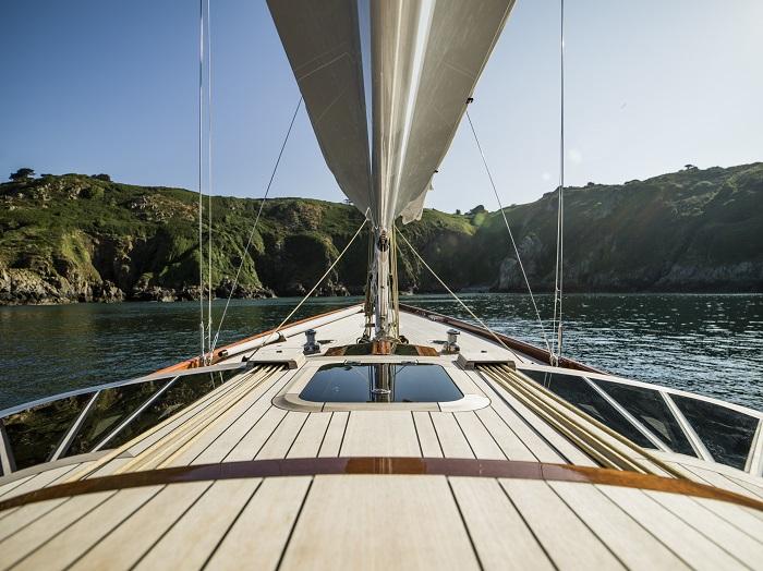 Spirit Yachts DH63 5