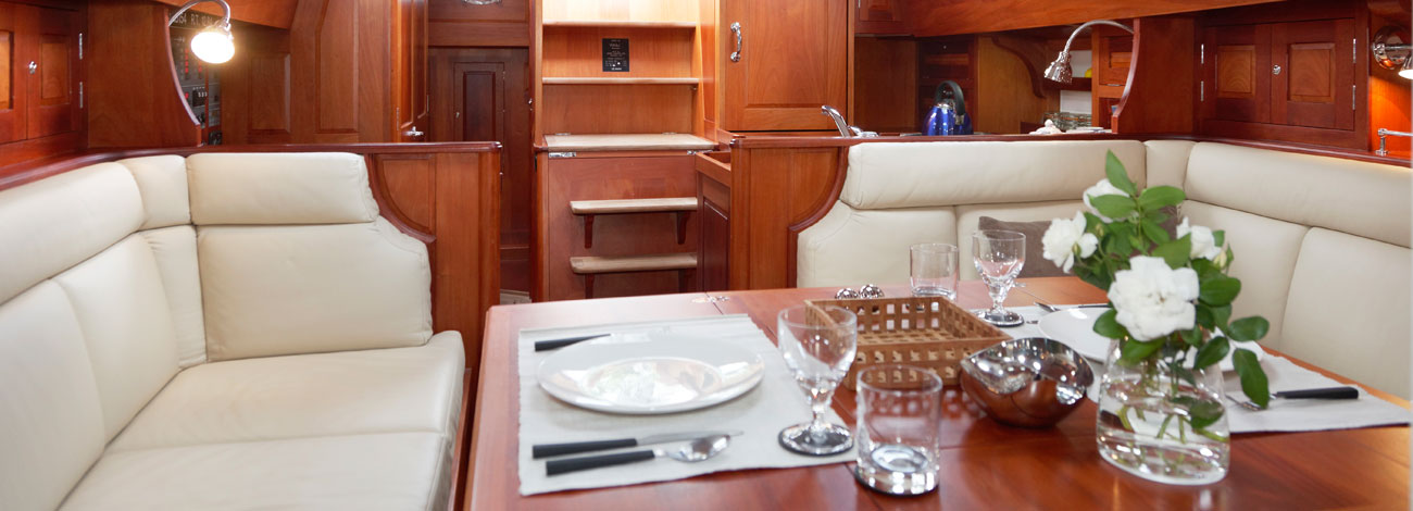 Spirit 52 | Dining Area | Classic Wooden Yacht