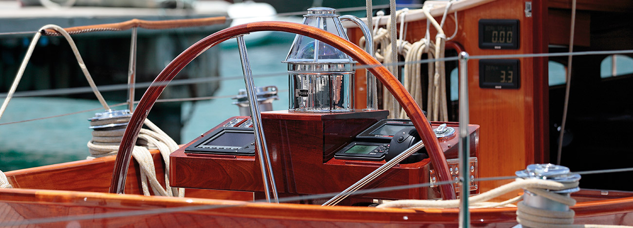 Spirit DH60 | Contemporary Wooden Yachts | Wheel