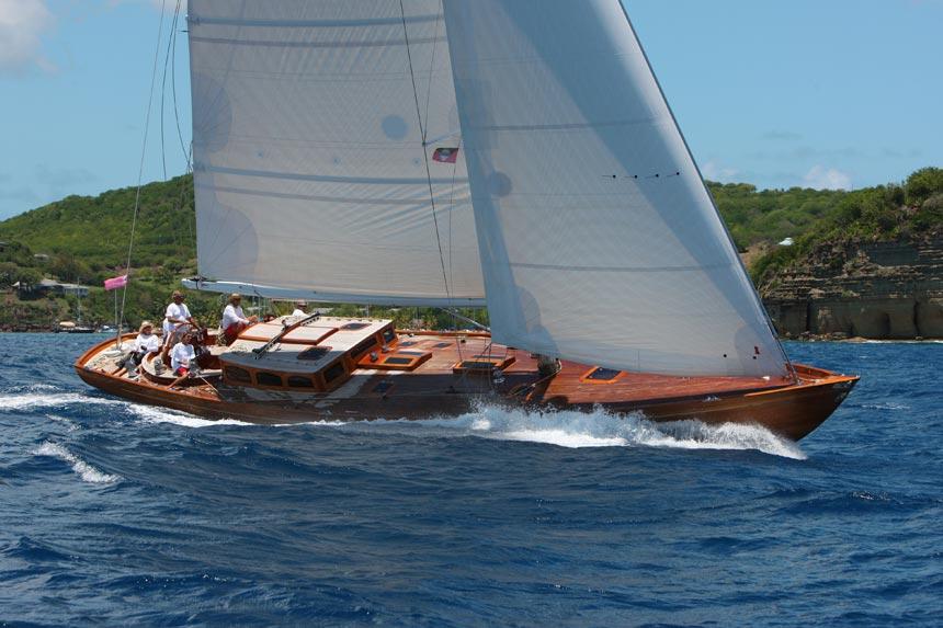 spirit-yacht-living-aboard-spirit-DH60