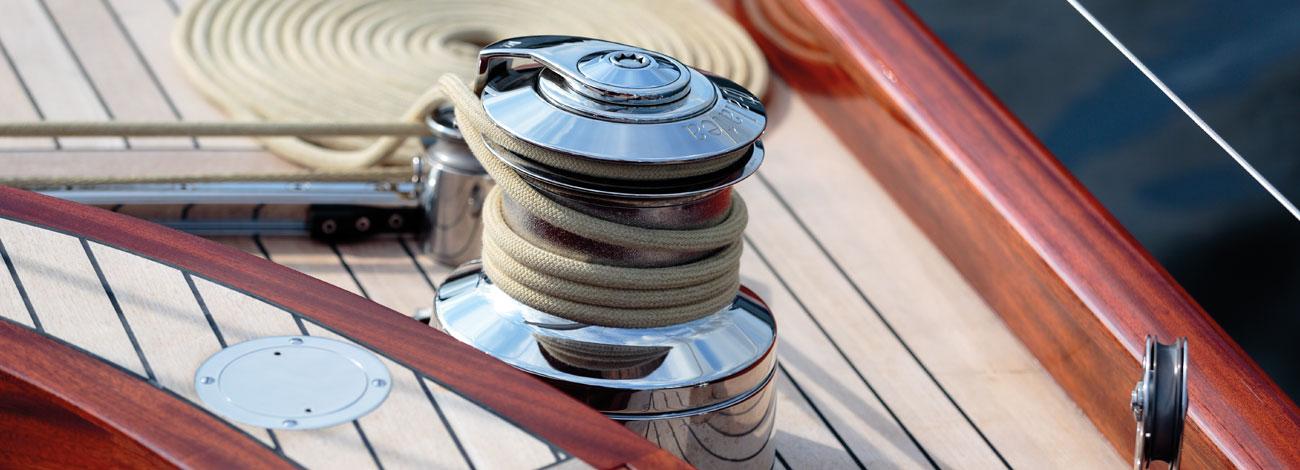Spirit Yachts C74 Deck 3